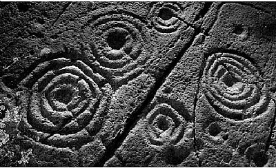 cup and ring marks in kilmartin glen